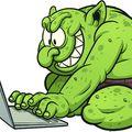 Bújócska: Hogyan és mivel  vezetik félre a csepelieket a Facebookon?