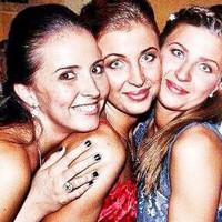 Megismétlődött a csoda: hármas ikreket vár a csepeli hármas ikertestvérek egyike
