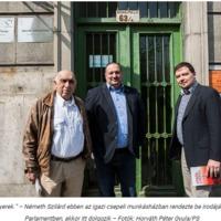 A csepeli pártháznál pózolnak a partizánok, a Kis-Dunán  visít a disznó