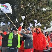 Magyar szervezett munkások nagy győzelme Győrben! Megállapodott az Audi és a gyári szakszervezet