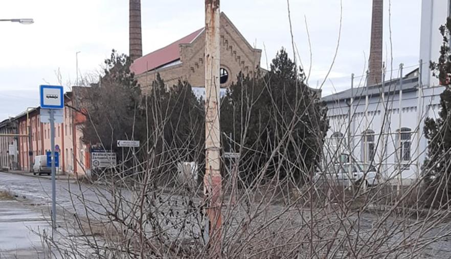 csepel_muvek_fobejarat_meztelen_valosag_2019-12-26_szasz_karoly_csepeli_vagyok-2.PNG