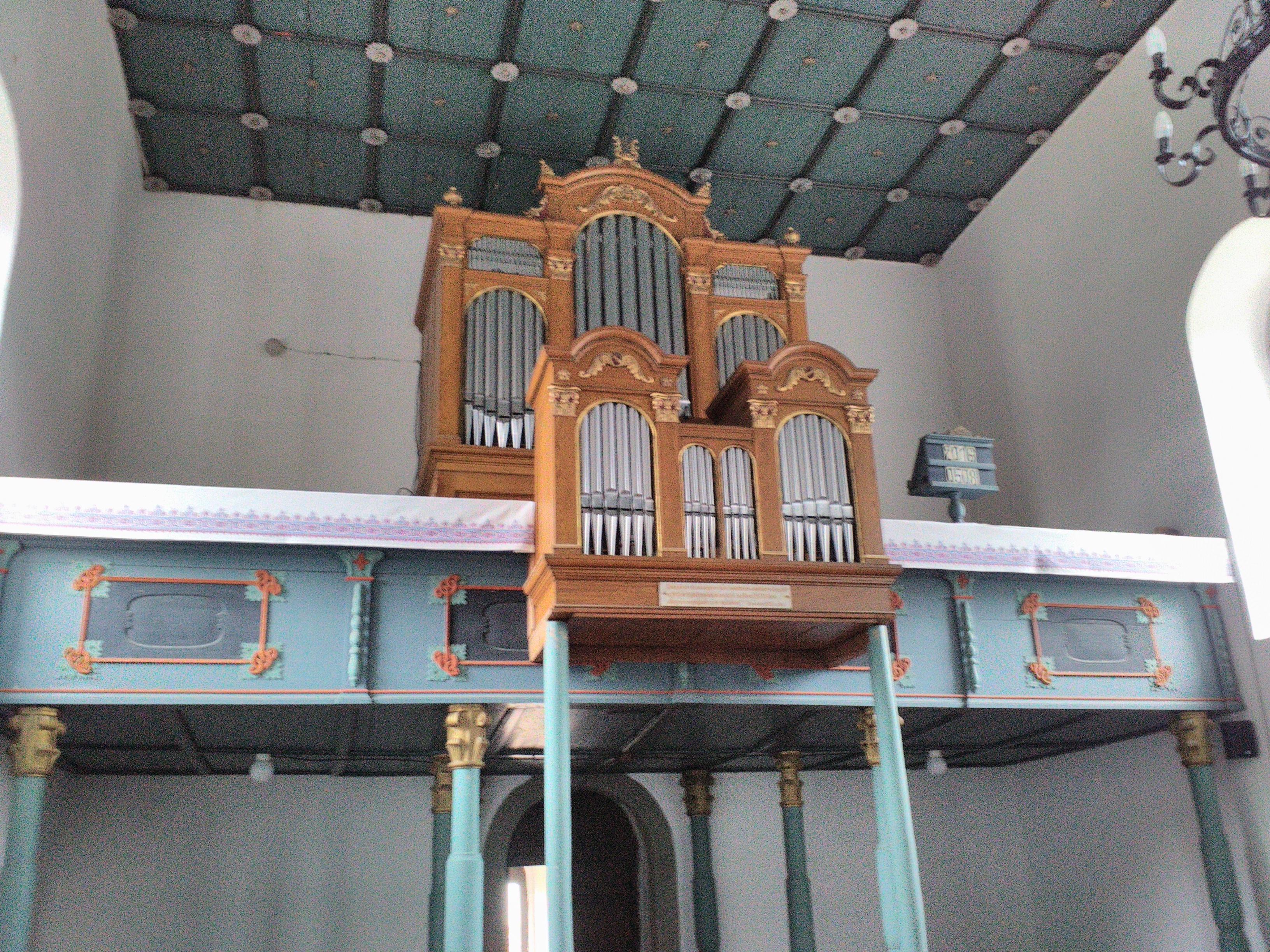 karzat és orgona