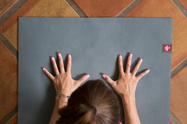 manduka-yoga-mat.jpg
