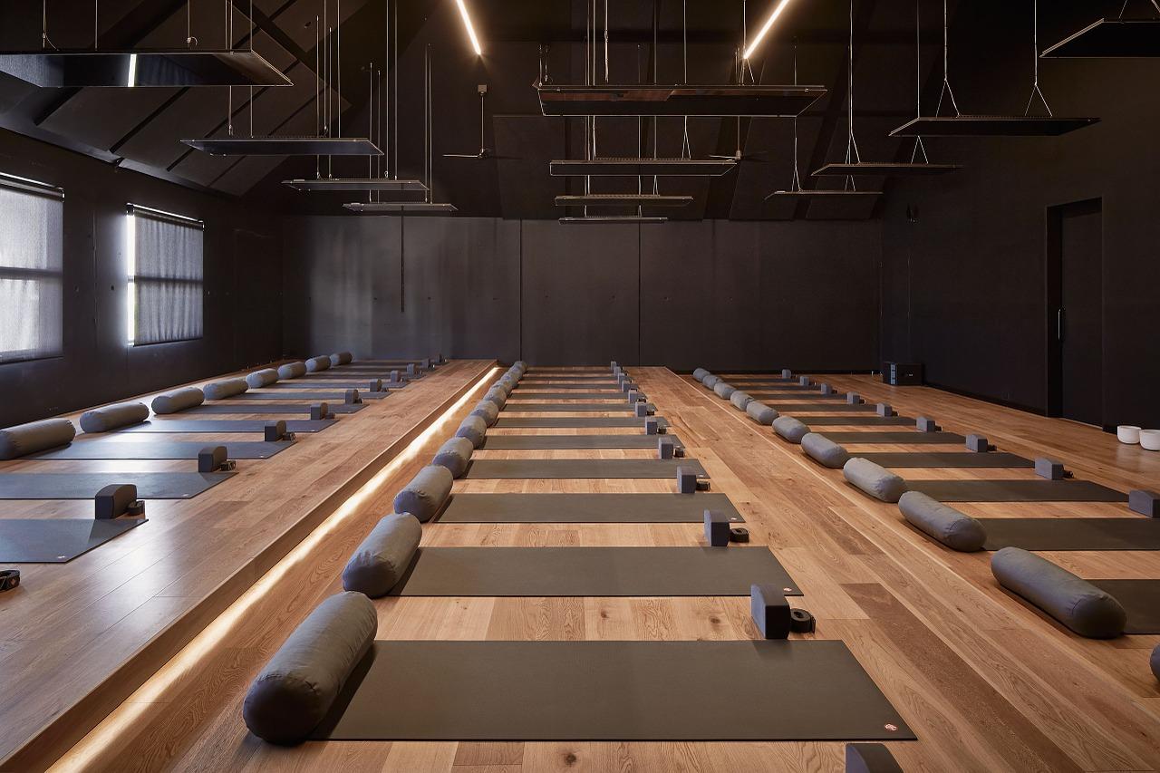 yoga-1102410_1280.jpg