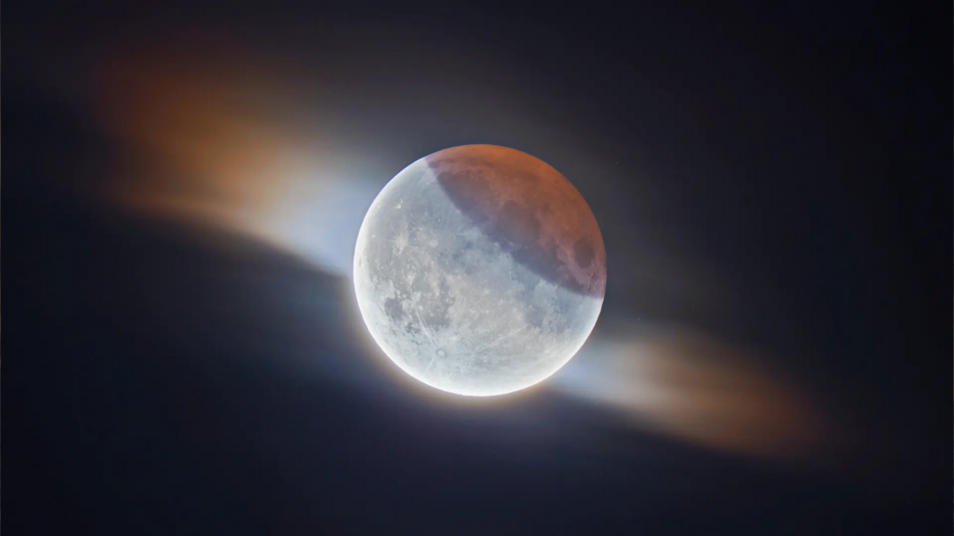 010_lunar_eclipse.jpg