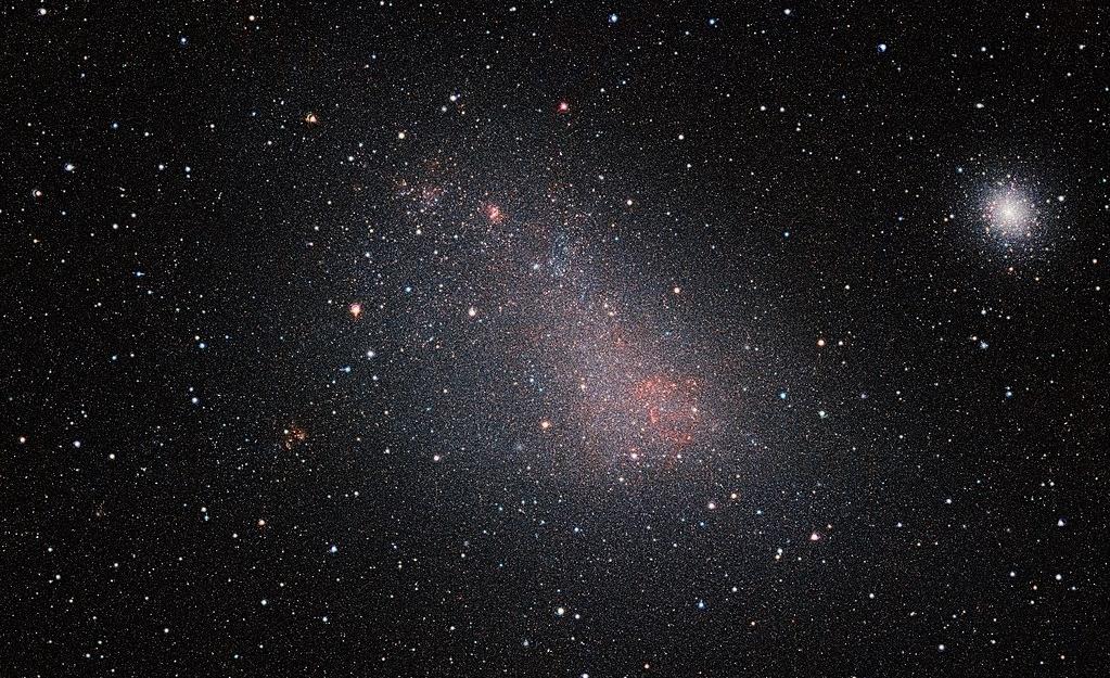 1024px-vista_u2019s_view_of_the_small_magellanic_cloud.jpg