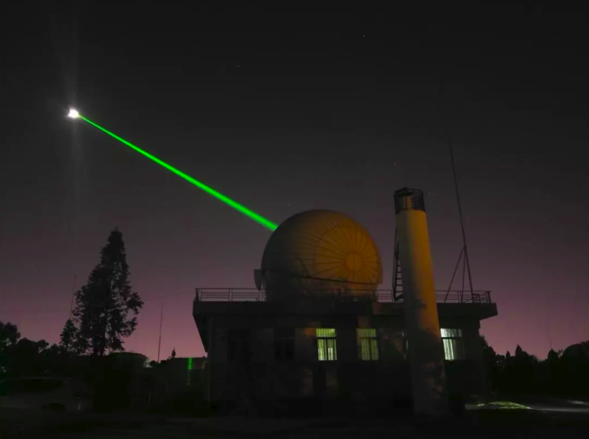 chinese-academy-of-sciences-yunnan-observatory-1_2m-telescope-moon-laser-rangefinder.PNG