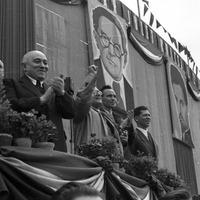 Népszabadság - kommunisták munka közben