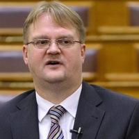Breaking news!!! Répássy Róbert (Fidesz) szerint súlyos ügy a luxusutaztatás! Répássy levelet írt a miniszterelnöknek!