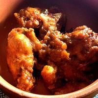 Csirkeszárnyak gyömbéres chillimártással