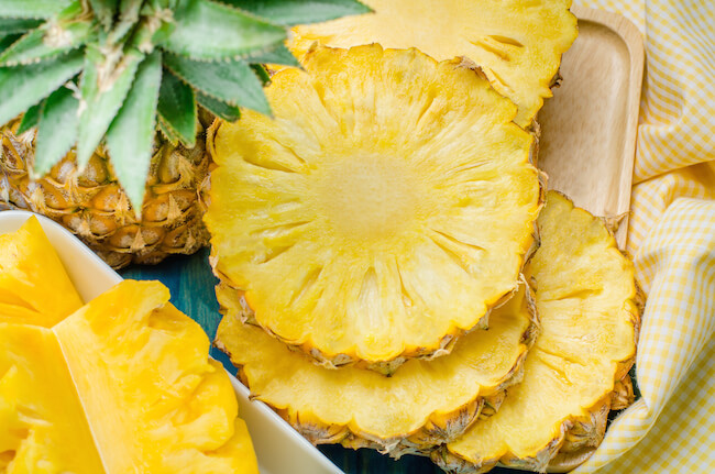 closeup-sliced-pineapple.jpg