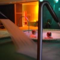 Egyre divatosabb az esti-éjszakai fürdőprogram!