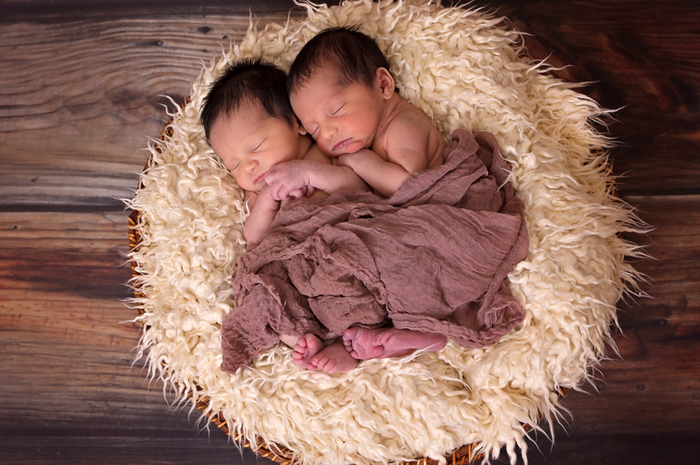 two-babies-sleeping_800.jpg