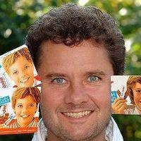 A Kinder híres arca