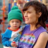 SMILF - egy egyedülálló anya története