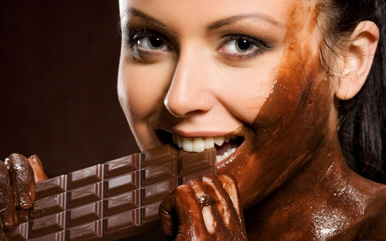 ws_eating_chocolate_1280x800.jpg