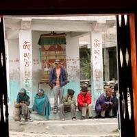 17 év Tibetben