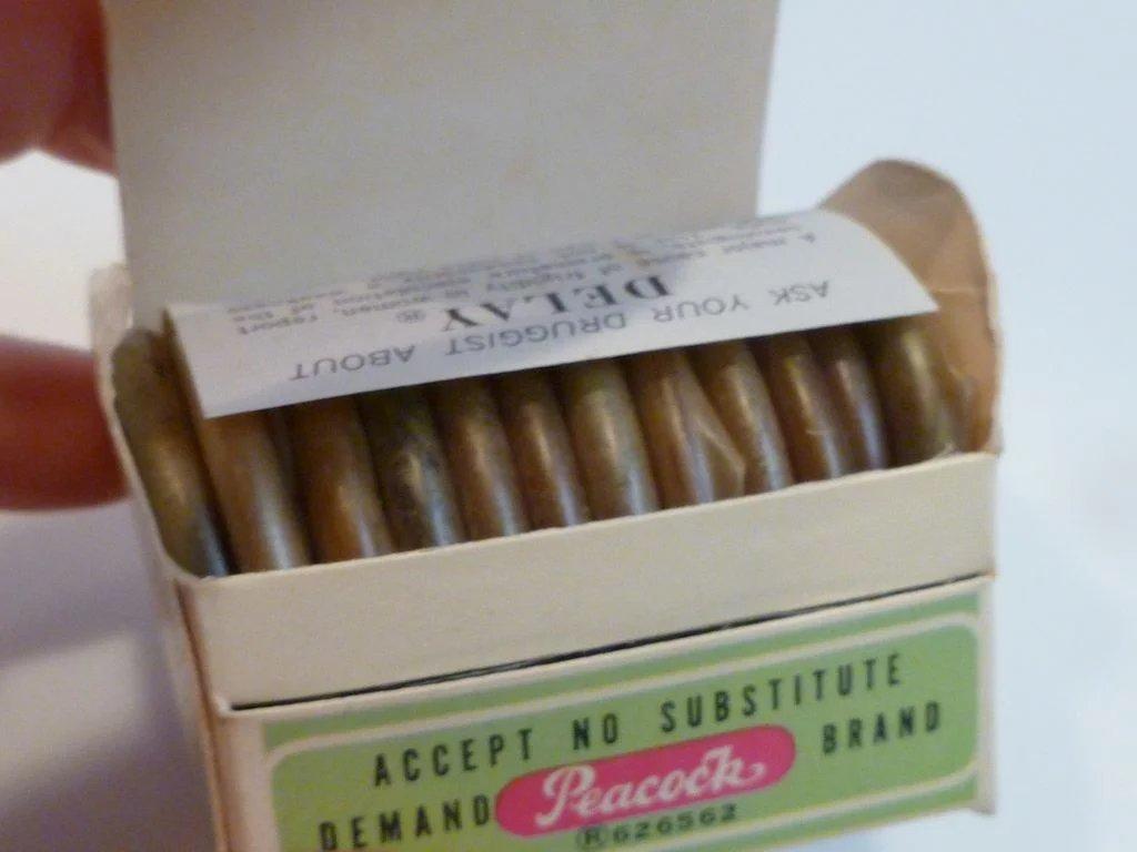 vintage_condom_13.jpg
