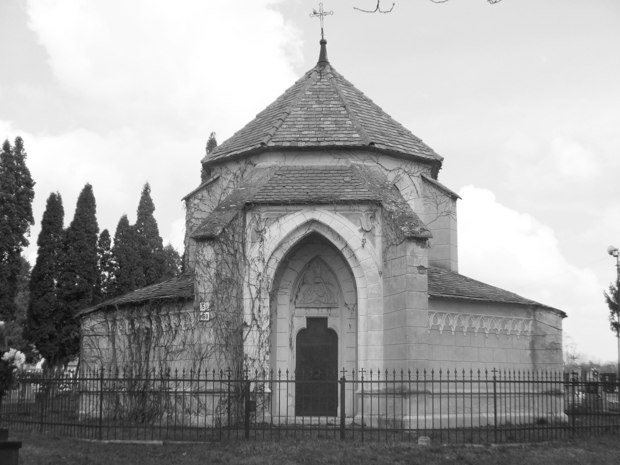 Eszterházy kápolna.jpg