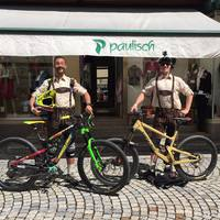Hogy néz ki Steve Peat és Cedric Gracia ha Németországba mennek kerózni?