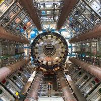 A CERN-ben találtak valamit ami újraírhatja a fizika törvényeit