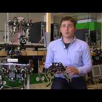 Robotmacska: sebesség és stabilitás