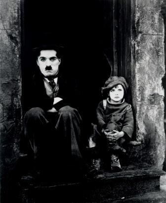 Chaplin A kölyök.jpg