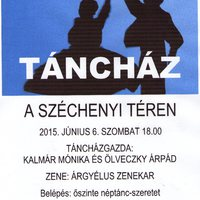 Táncház a Széchenyi téren