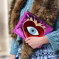 Vagány táskák Párizs utcáin