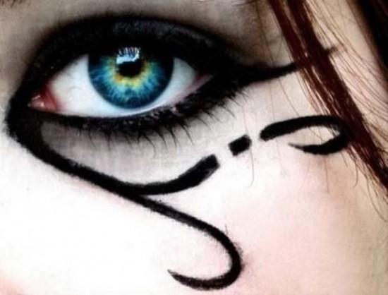 eye-makeup-10-550x418.jpg