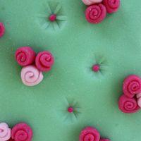 Anyák napi rózsás torta