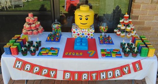 LEGO desserttable.jpg