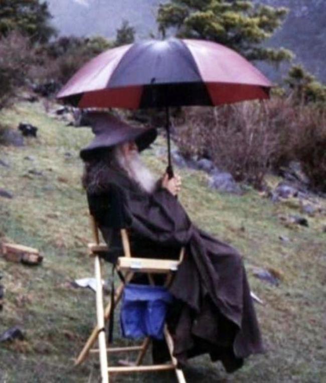 Gandalf nem szereti az esőt.