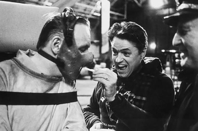 Hannibál Lecter sem ehetett mindig emberfület. Néha ráfanyalodott a sült krumplira is.