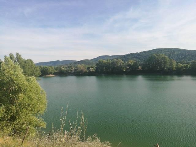 Kisoroszi, ahol megbújik a tó