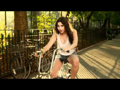 Eliza Doolittle: Rollerblades
