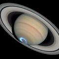 Sarki fény a Szaturnuszon