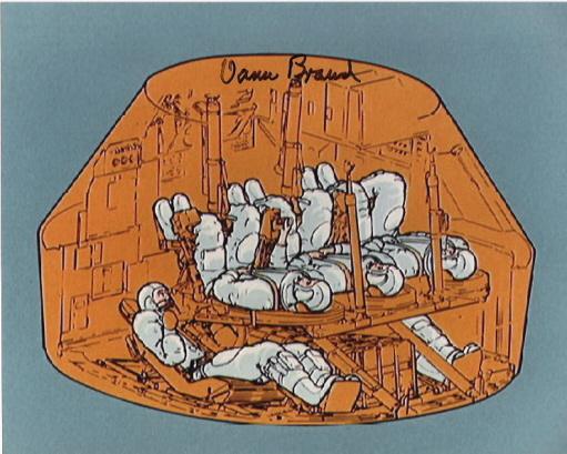 Az utasok elhelyezkedése az ötszemélyessé alakított Apollo-kabinban, és Vance Brand aláírása.