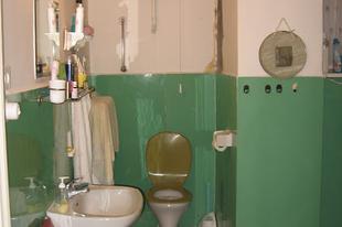 Szörnyetegből Szépség - Lakásfelújítás az Andrássy úton (fürdőszoba)