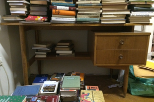 Bútormentés - retro íróasztal