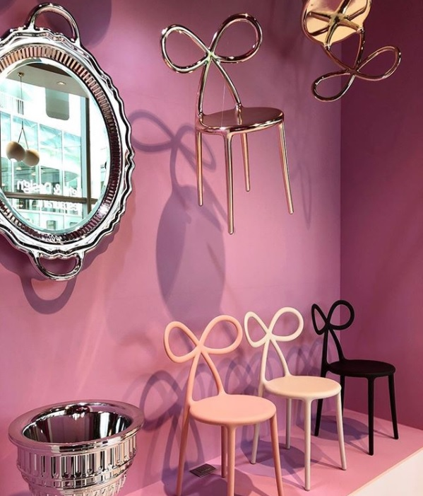ribbon_chair.jpg