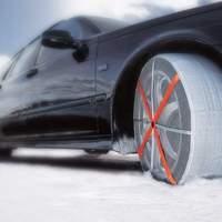 Téli örömök - zoknit a kocsinak!