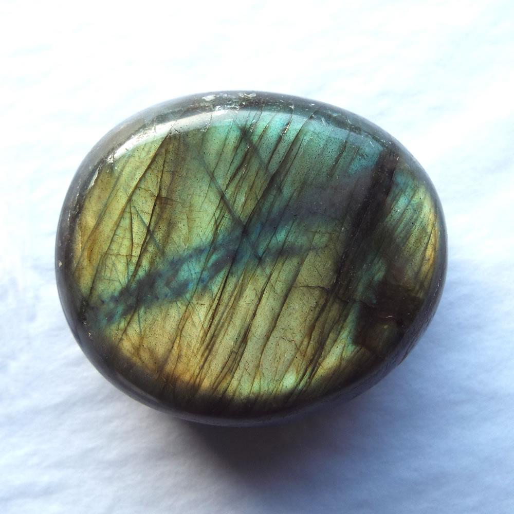 labradorite-pebble-3.jpg