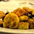 Karfiol steak aszalt gyümölcsökkel és paradicsomos reliesh-sel