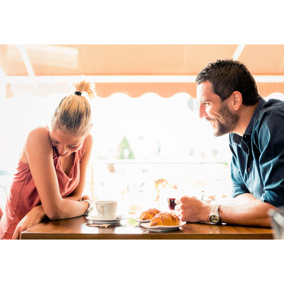 dating-couple-on-a-date-1215_sq.jpg