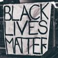 A BLM-nek nem számítanak a fekete életek a szervezetből kiábrándult egykori alapító szerint
