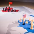 A Kínával szembeni stratégiai fölényébe fájhat az Egyesült Államoknak a sokszínűség hajszolása