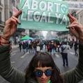 Argentinában is liberalizálták az abortuszt