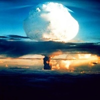 Ferenc pápa és a nukleáris naivitás