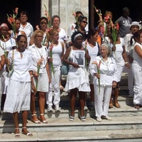 Hölgyek Fehérben: kubai ellenállókat díjaztak